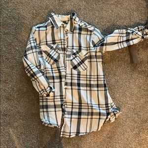 Button up flannel white and black